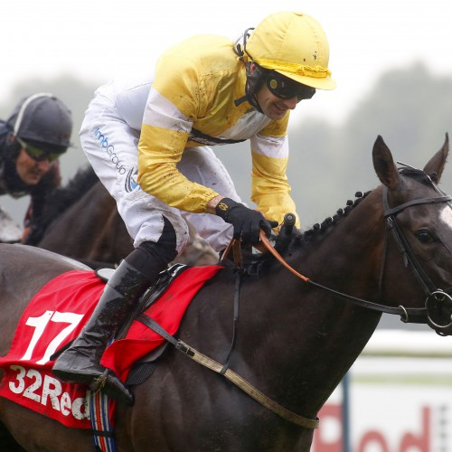 Quiet Reflection and Dougie Costello winning The 32Red Sprint Cup Stakes from The Tin Man