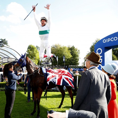 "Journey and Frankie Dettori  after winning The Qipco British Champions Fillies & Mares Stakes Ascot 15.10.16 Pic Dan Abraham-racingfotos.com  THIS IMAGE IS SOURCED FROM AND MUST BE BYLINED ""RACINGFOTOS.COM"""