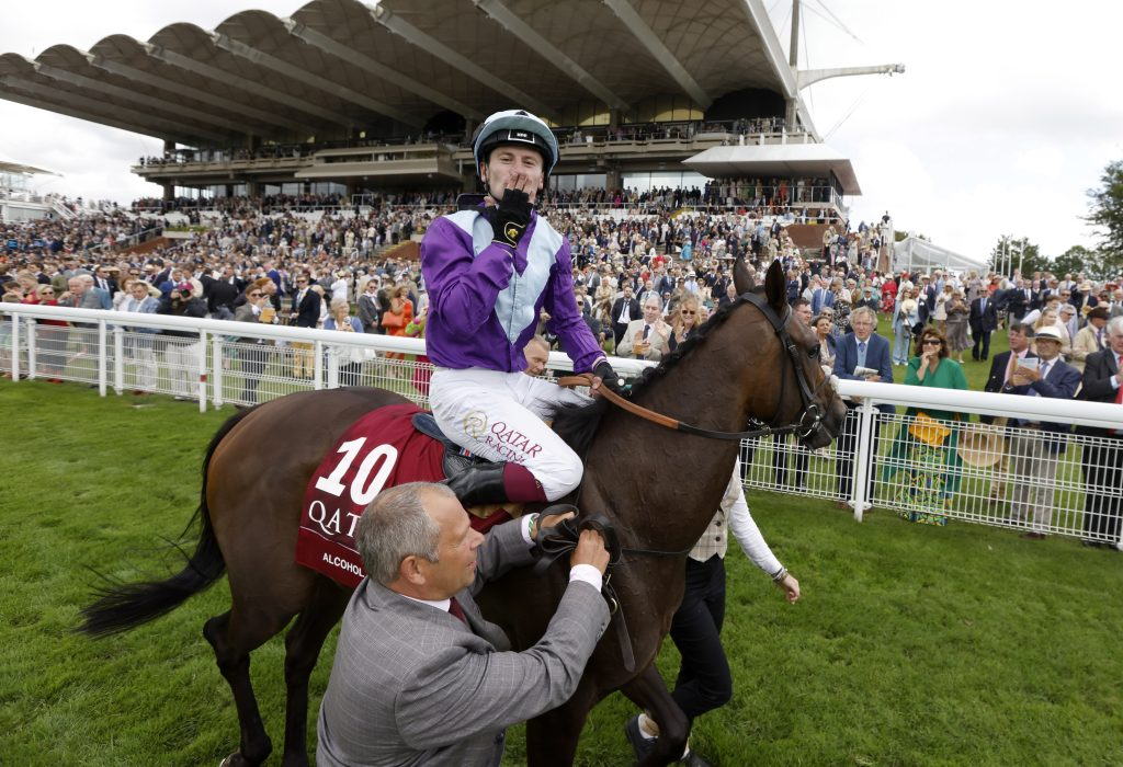 Alcohol Free dominates the Qatar Sussex Stakes
